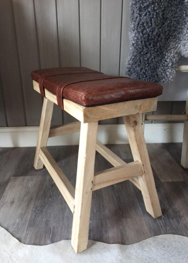 Saddle Stool & Leather Pad